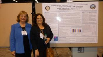 CNS Co-Directors, Marilyn Briggs and Sheri Zidenberg-Cherr at Experimental Biology.