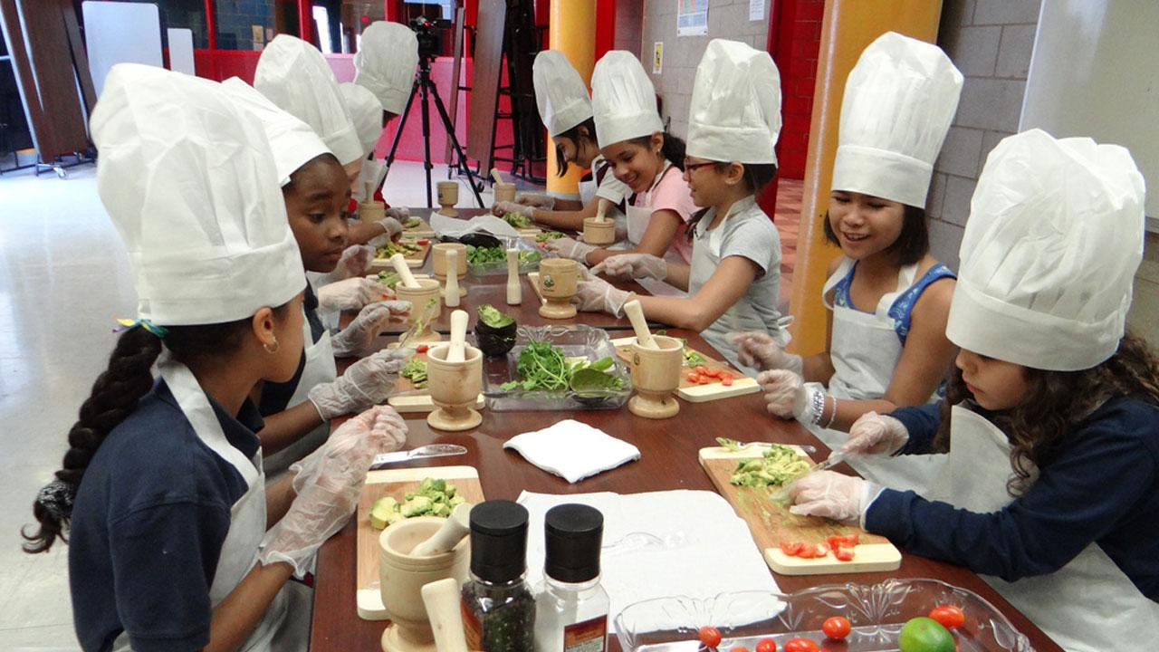 cooking competency Core competences for children and young people aged 5 to 16 years: consumer awareness, cooking and food safety for children and young people.